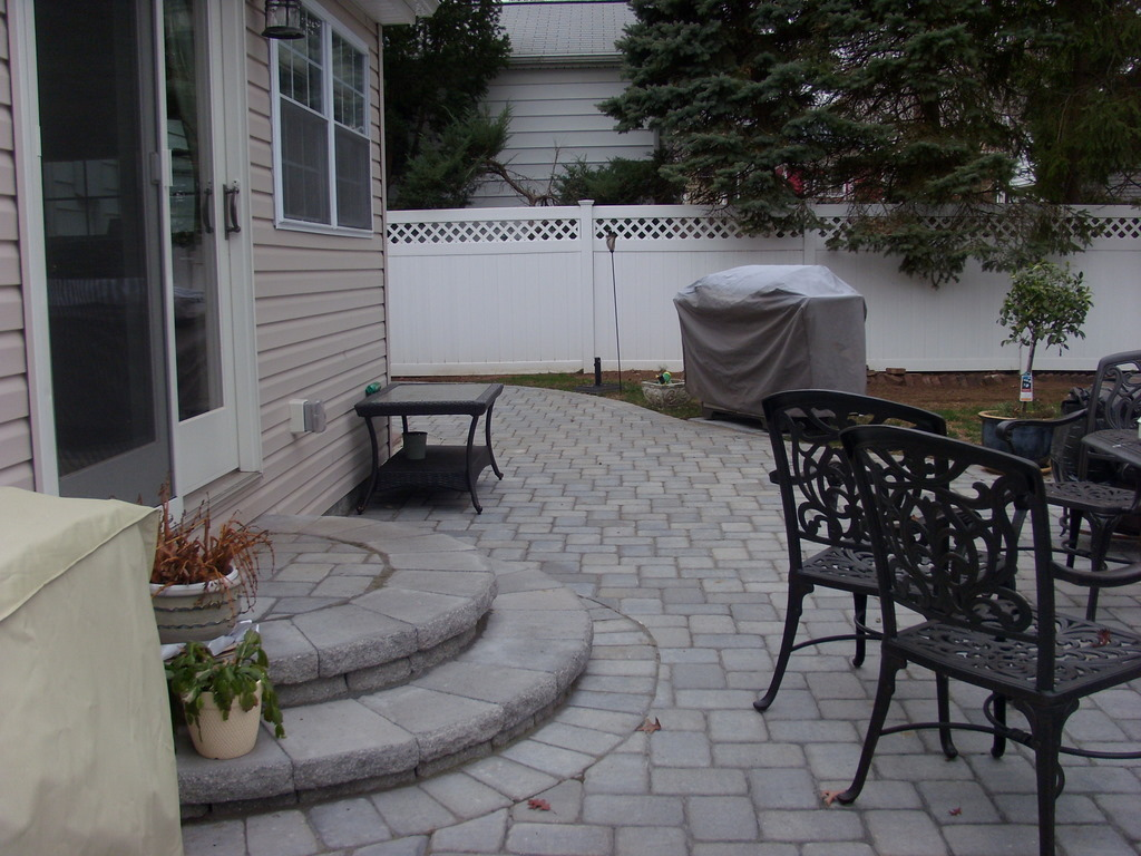 Backyard Stone Patio Design Ideas