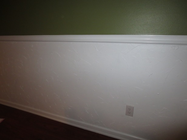 Painted textured dining room wall
